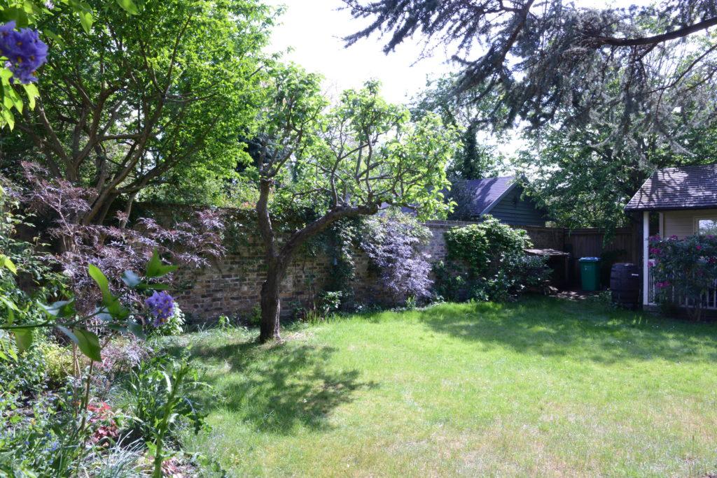 Mury w zaczarowanym ogrodzie pamiętają królową Wiktorię