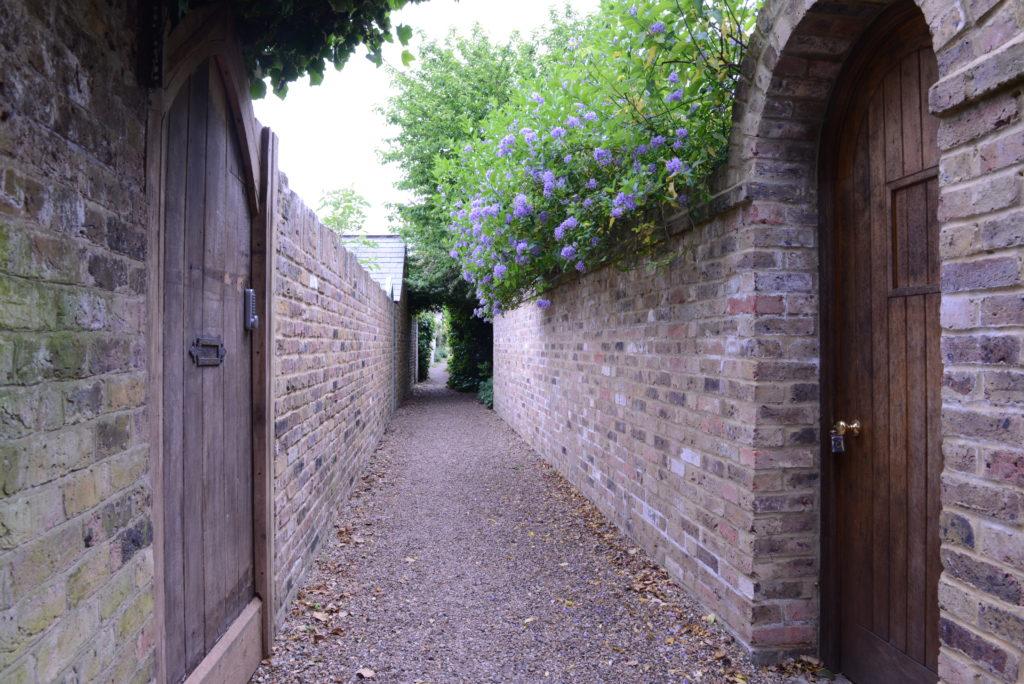Wejście do czarodziejskiego ogrodu Paula